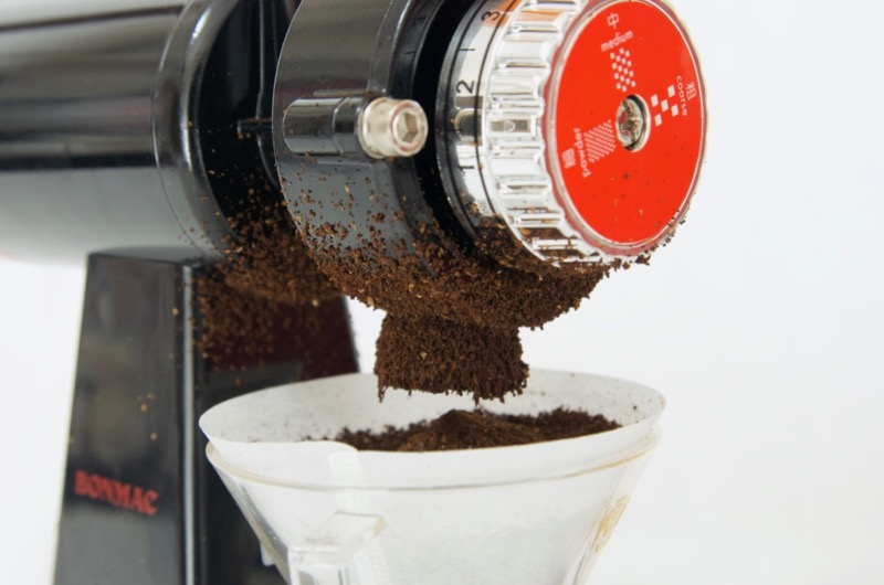 ボンマック コーヒーミル 静電気