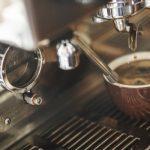 カフェインの苦味に敏感な人ほど、コーヒーをたくさん飲む